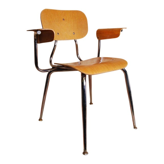 Mid Century Modern Bent Plywood Chair On Steel Frame