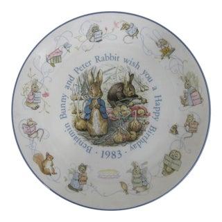 1983 English Wedgwood Etruria & Barlaston Peter Rabbit Happy Birtday Plate For Sale