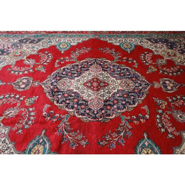 Vintage Hand-Woven Persian Tabriz Rug - 9′10″ × 12′5″ - Image 5 of 8
