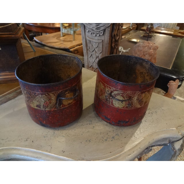 19th Century Pair of French Red Tole Jardinieres For Sale In New Orleans - Image 6 of 9