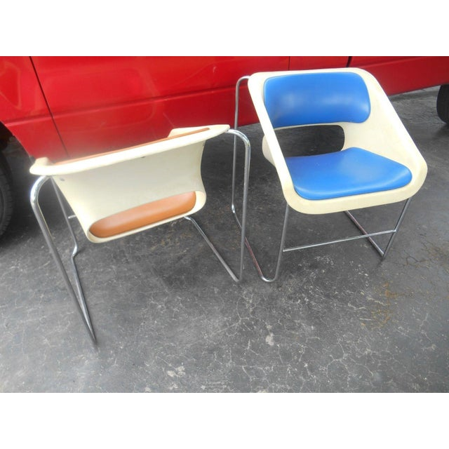 """Mid-Century Modern Artoplex """"Lotus"""" Stacking Chairs - A Pair For Sale - Image 4 of 6"""
