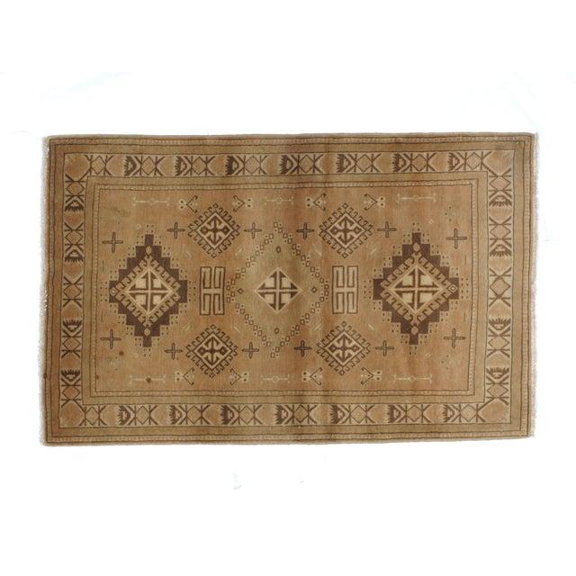 "Islamic Persian Peach Kashkoli rug- 3'7"" x 5'3"" For Sale - Image 3 of 6"