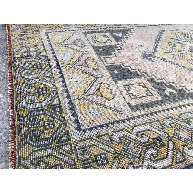 Peach Turkish Oushak Pastel Handwoven Floor Rug - 3′1″ × 5′10″ For Sale - Image 8 of 11