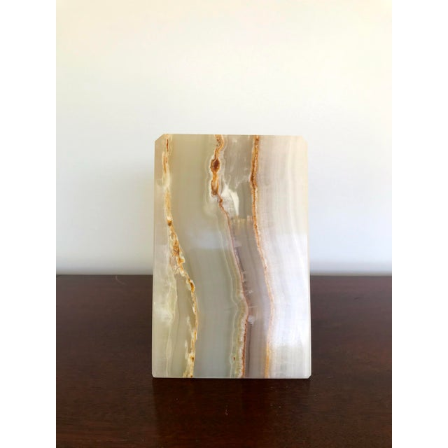 Vintage triangle-shaped alabaster bookend. Beautiful condition, no chips or cracks.