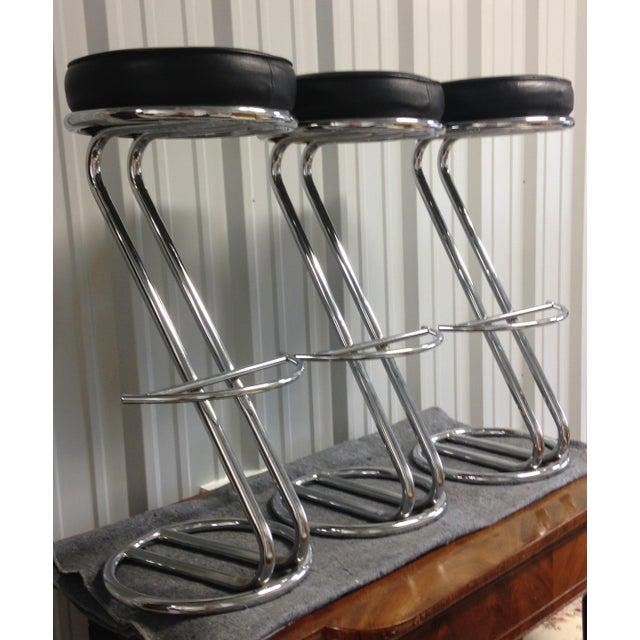 Vintage Art Deco Chrome & Leather Bar Stools - Set of 3 - Image 2 of 5