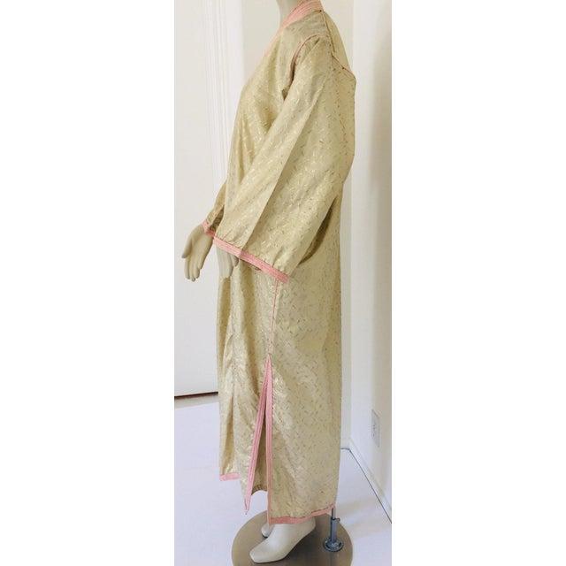 1970s Metallic Gold Moroccan Caftan, Kaftan Maxi Dress North Africa, Morocco For Sale - Image 11 of 13