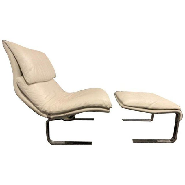 "Metal Giovanni Offredi for Saporiti ""Onda"" Wave Leather Lounge Chair and Ottoman For Sale - Image 7 of 7"