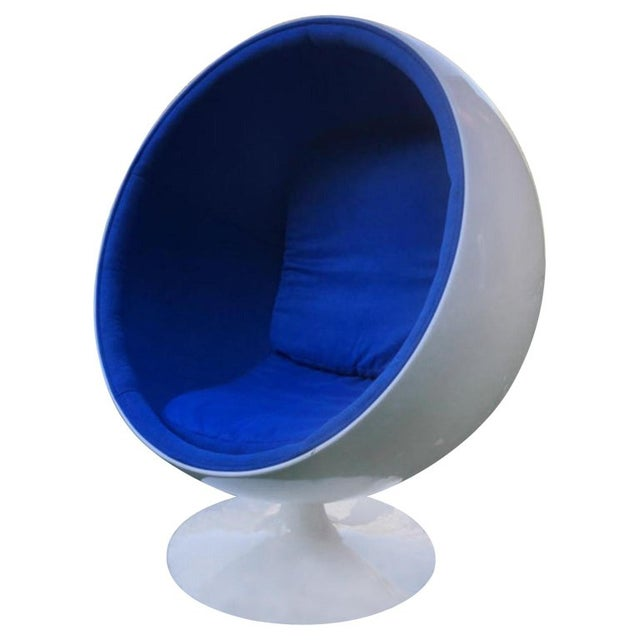 1960s Mid-Century Modern Egg Chair For Sale - Image 5 of 5