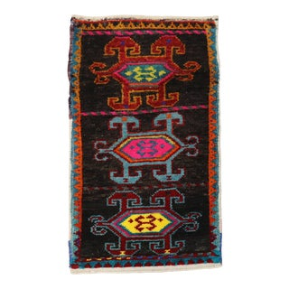 Quirky Mini Turkish Rug, 1'6'' X 2'7'' For Sale