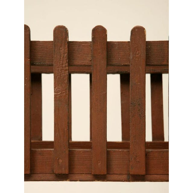 c.1940 English Painted Wood Plant Stand For Sale In Chicago - Image 6 of 10