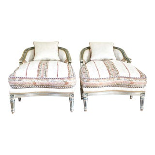 Hollywood Regency Louis XVI Chaise Lounges French Painted and Parcel Gilt Silver For Sale