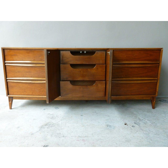 Brown 1950s Vintage Danish Modern Style Credenza/Chest For Sale - Image 8 of 13