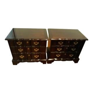 "Vintage Henredon ""Folio Fourteen"" End Tables - A Pair For Sale"