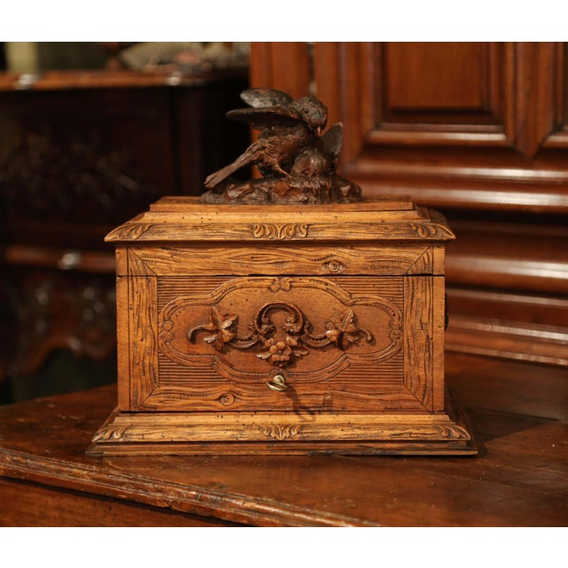 19th Century French Black Forest Carved Walnut Cave a Liqueur With Cigar Holders For Sale - Image 4 of 13