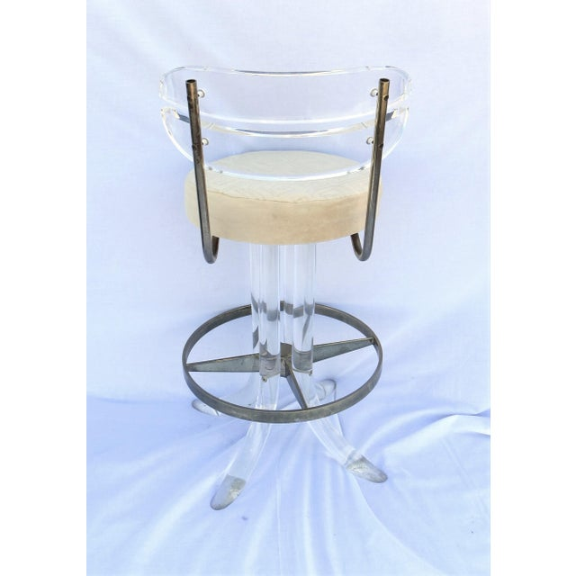 Hill Manufacturing Co. Vintage 1970's Hill Manufacturing Acrylic Bar Stools - Set of 4 For Sale - Image 4 of 13