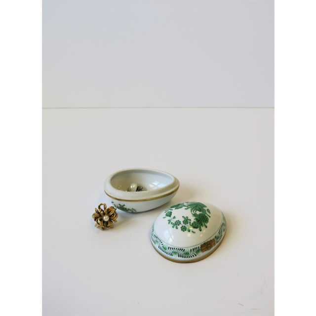 Herend White Green Gold Porcelain Egg-Shaped Jewelry Box For Sale - Image 10 of 13