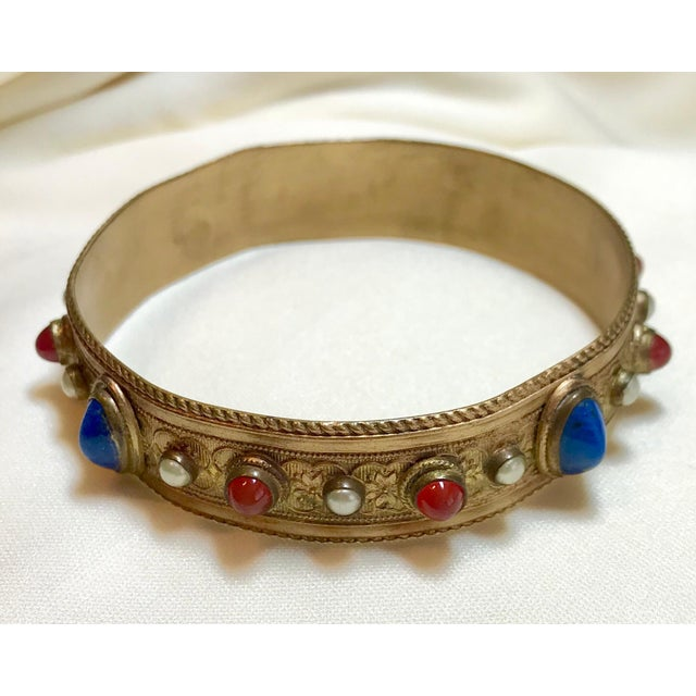 1920s Austrian Lapis-Blue Glass Cabocon Jeweled Bangle For Sale In Los Angeles - Image 6 of 7