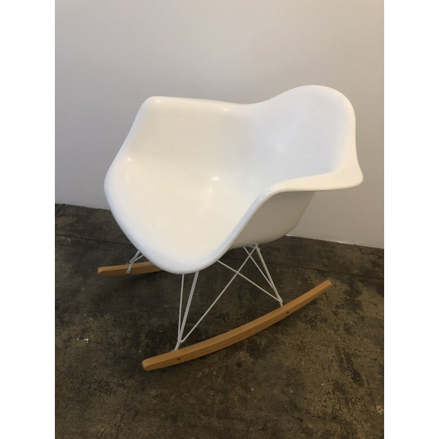 Mid-Century Modern Modernica White Rocking Chair For Sale - Image 3 of 6
