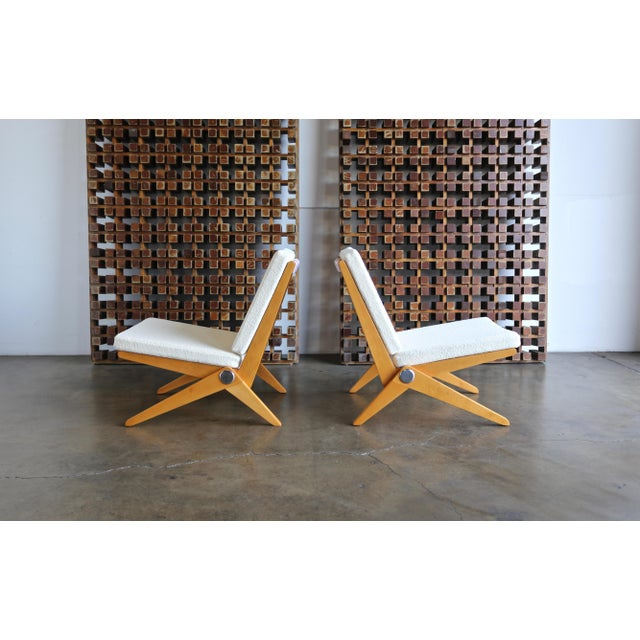 White Scissor Lounge Chairs by Pierre Jeanneret for Knoll International - a Pair For Sale - Image 8 of 12