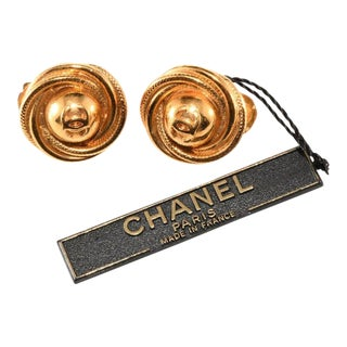 Chanel CC Logo Swirling Gold Plated Earrings With Original Tag For Sale
