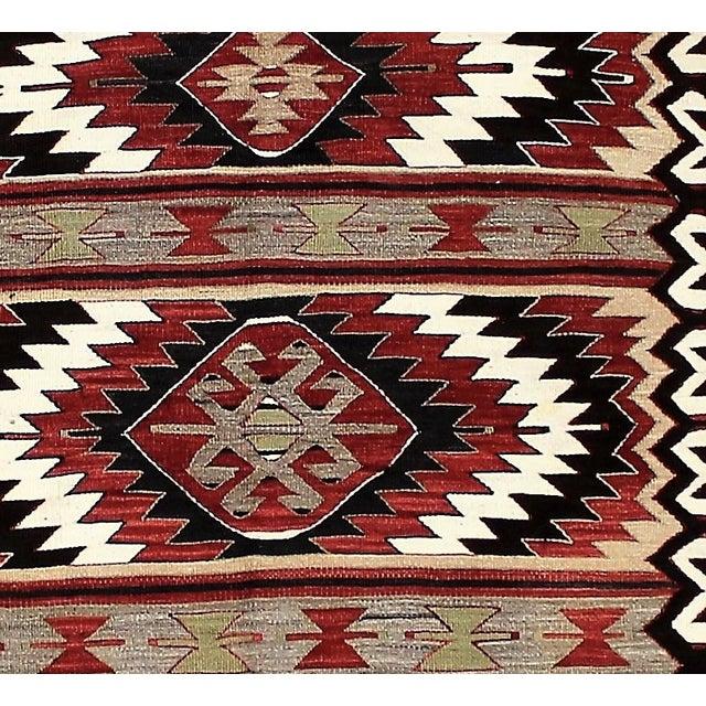 "Vintage Turkish Kilim Rug - 3'5"" x 5' For Sale In Los Angeles - Image 6 of 6"