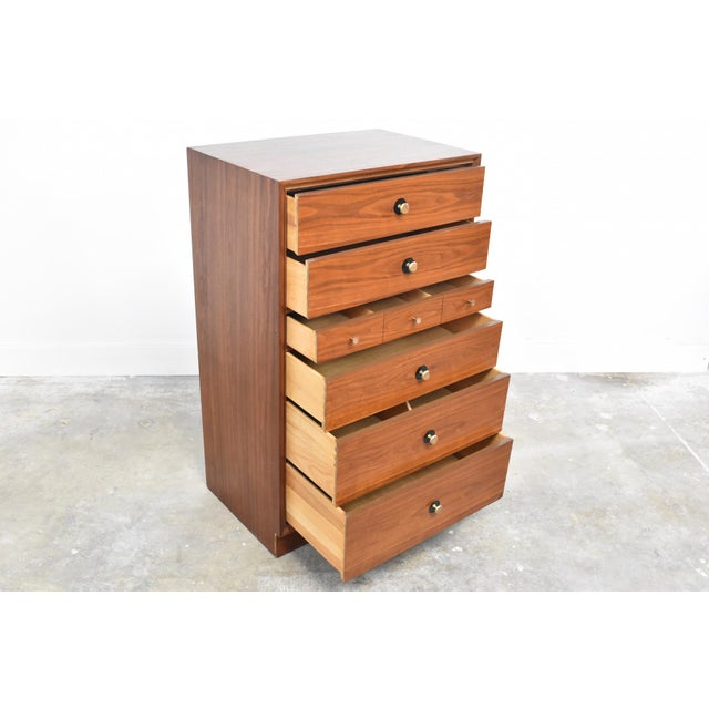 Mid-Century Chest of Drawers by Thomasville Motif For Sale In Orlando - Image 6 of 13