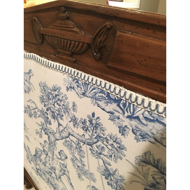 Antique French Louis XVI Style Carved Walnut Daybed For Sale In San Francisco - Image 6 of 7