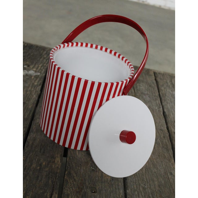Lacquer Mid-Century Red & White Ice Bucket, Tumblers and Tray Beverage Set For Sale - Image 7 of 11