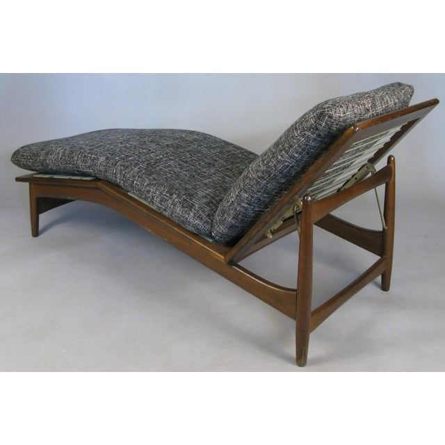 Charcoal 1960s Vintage Danish Adjustable Chaise Lounge by Ib Kofod-Larsen For Sale - Image 8 of 10