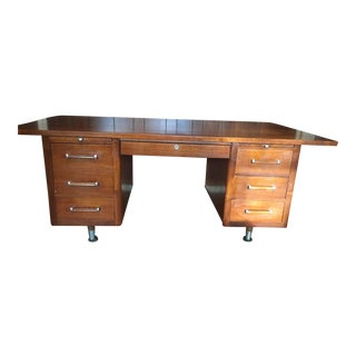1950s Mid-Century Modern Alma Walnut Partner Desk For Sale