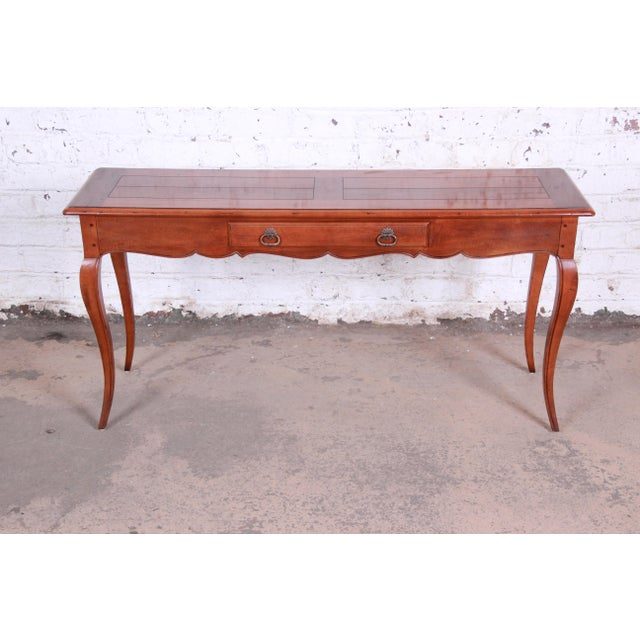 Surprising Henredon French Country Louis Xv Style Console Table Gmtry Best Dining Table And Chair Ideas Images Gmtryco