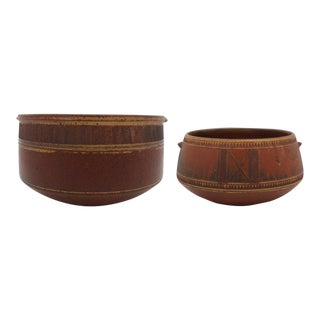 Hand-Thrown Rust Colored Studio Pottery Serving Bowls With Fine Incising - a Pair For Sale