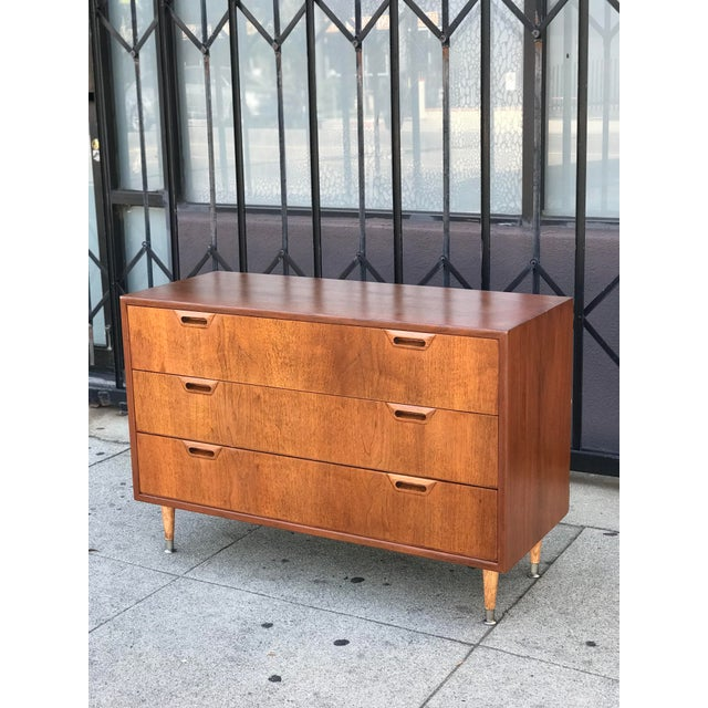 Mid Century Modern Chest of Drawers For Sale - Image 4 of 13