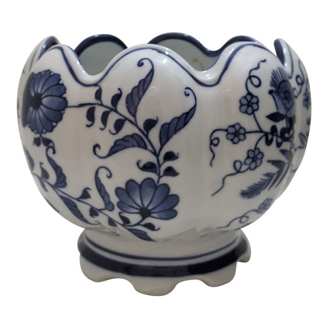 Asian Blue & White Floral Scalloped Porcelain Bowl For Sale