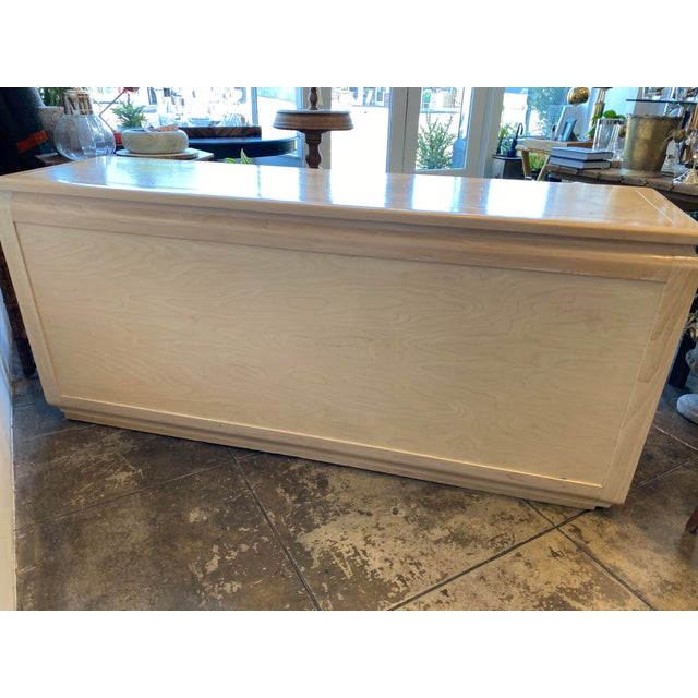 1970s Mid-Century Modern Blonde Burled Wood Credenza For Sale - Image 5 of 12