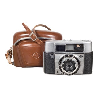 Agfa Optima 1 Camera With Original Leather Case C.1960 For Sale