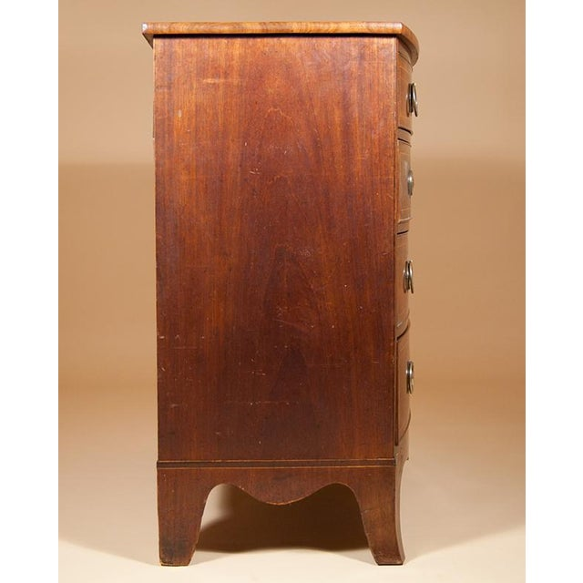 George III Bow-front Mahogany Chest of Drawers For Sale In New York - Image 6 of 6