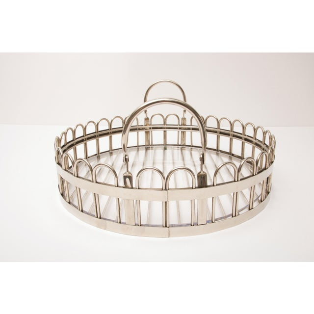 Godinger Silver-plated Round Serving Tray With Lucite Inset, 20th Century For Sale - Image 10 of 11