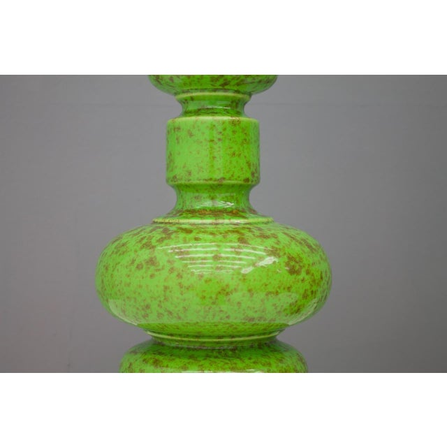 Pair of Green Ceramic Table Lamps, 1970s For Sale - Image 4 of 6