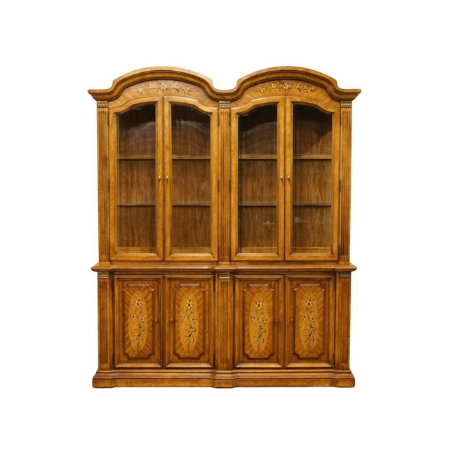 """20th Century Italian Stanley Furniture 71"""" Buffet with Lighted Display China Cabinet For Sale - Image 13 of 13"""