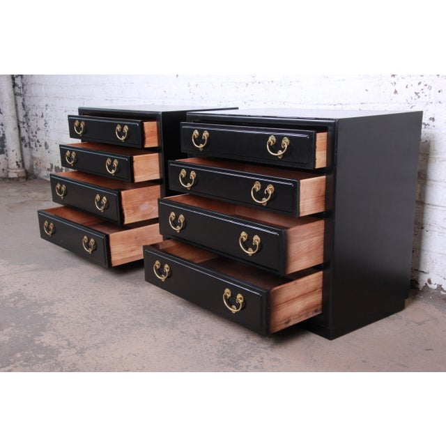Henredon Mid-Century Hollywood Regency Ebonized Bachelor Chests or Large Nightstands - a Pair For Sale In South Bend - Image 6 of 13
