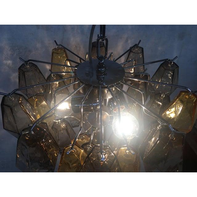 "Metal Italian ""Poliedro"" Amber and Fume Chrome Metal Frame Murano Glass Chandelier For Sale - Image 7 of 11"
