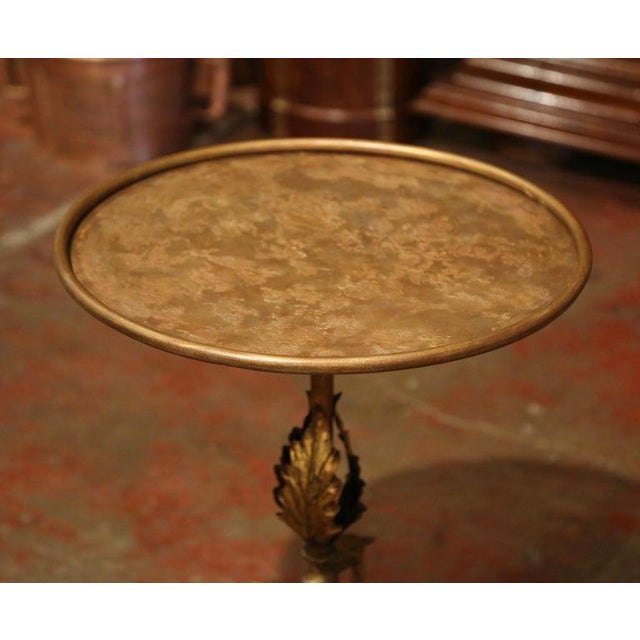 French Early 20th Century French Gilt Painted Iron Pedestal Martini Side Table For Sale - Image 3 of 9