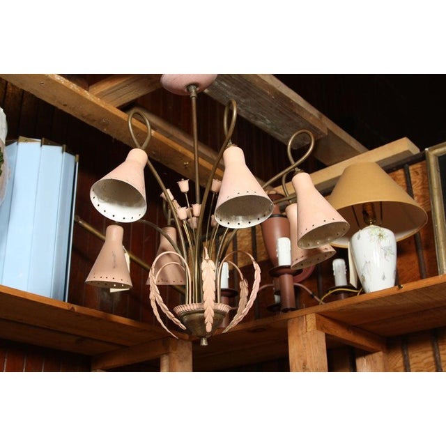 Mid-Century Modern Brass and Pink Painted Metal Chandelier For Sale In New York - Image 6 of 8