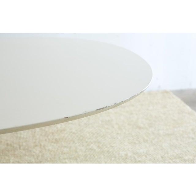 Contemporary Contemporary Eero Saarinen Oval Tulip Table For Sale - Image 3 of 13