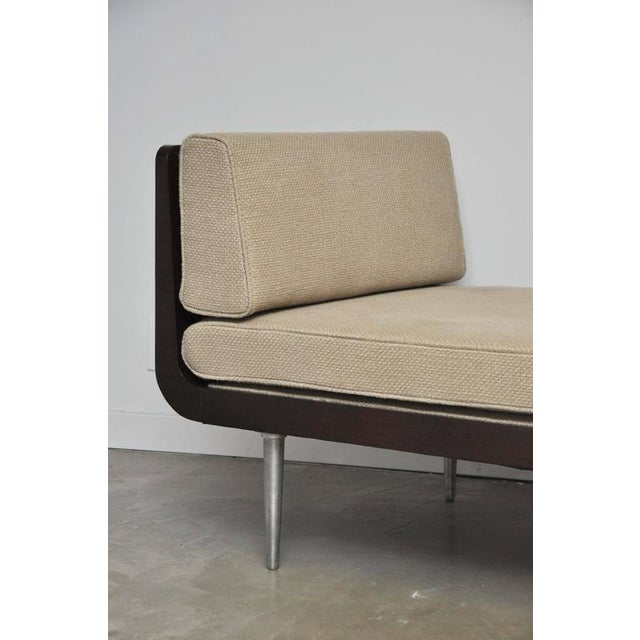 Rare Chaise Longue by Edward Wormley for Dunbar For Sale In Chicago - Image 6 of 10