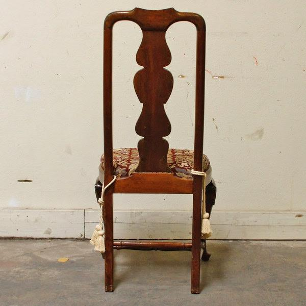 1990s Queen-Anne Style Fiddleback Mahogany Side Chair For Sale - Image 4 of 10