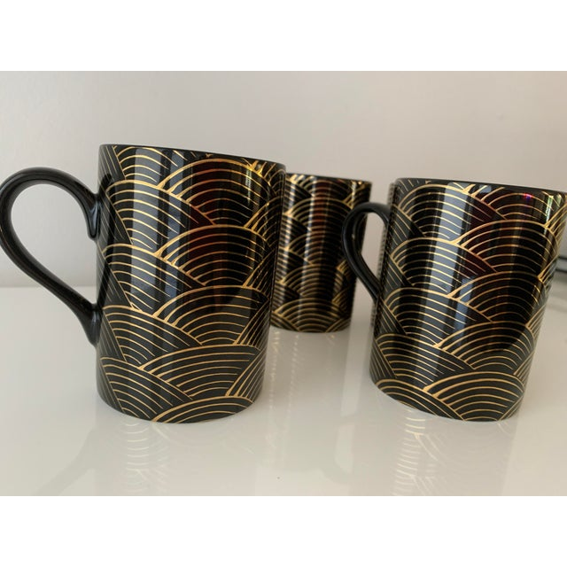 """1980s Fitz and Floyd Art Deco """"Waves"""" Mugs - Set of 4 For Sale In Miami - Image 6 of 7"""