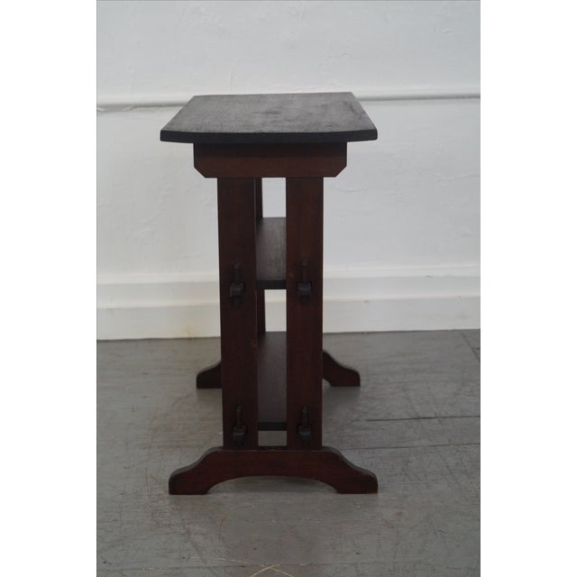 Arts & Crafts Roycroft Antique Mission Mahogany Journeys Stand For Sale - Image 3 of 10