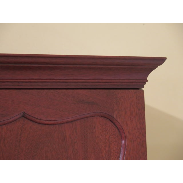 Traditional 1970s Vintage Kittinger Colonial Williamsburg Mahogany Desk For Sale - Image 3 of 13